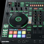 диджейский контроллер Serato Roland DJ-808
