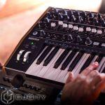 полумодульный синтезатор Arturia MiniBrute 2